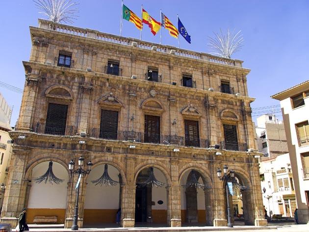 Ayuntamiento de Castellón en la Plaza Mayor