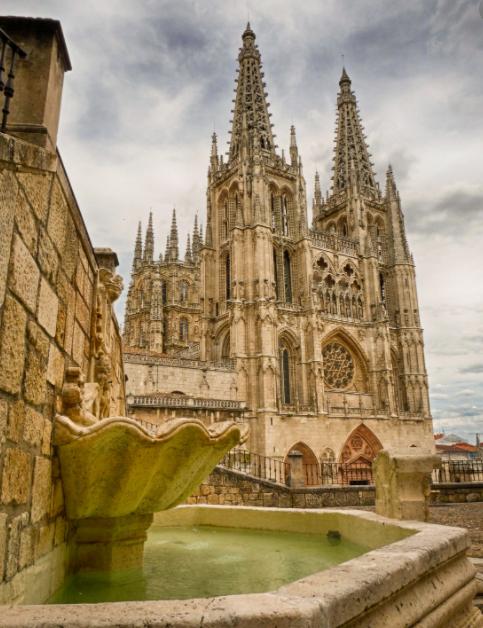 Catedral de Burgos vista lateral