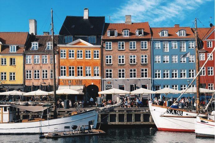 Dinamarca Copenhague puerto de Nyhavn