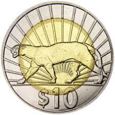 Moneda de 10 pesos con el puma de Uruguay