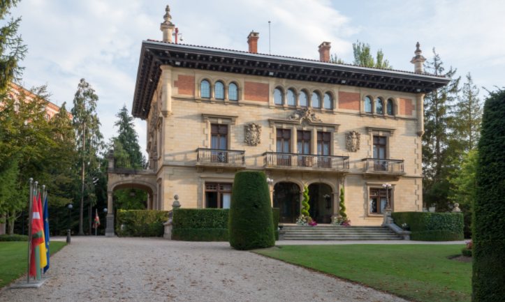 Palacio de Ajuria Enea Vitoria-Gasteiz