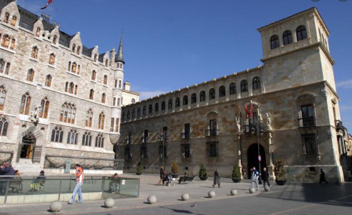 Palacio de los Guzmanes León