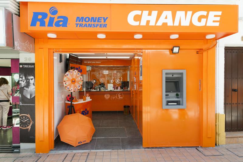 Oficia de cambio de divisas de Ria Torremolinosr